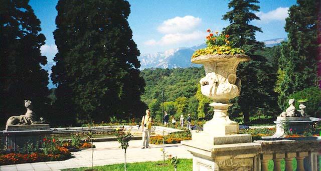 Massandra palace gardens